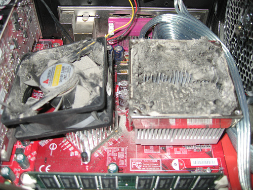 Clogged Heatsink