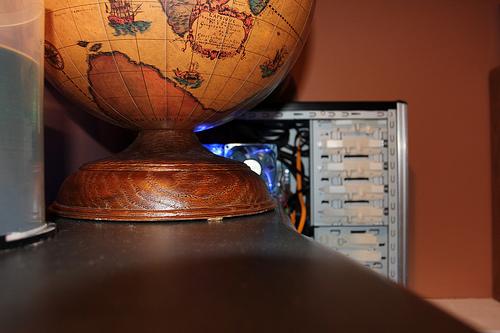 globe, cd spindle, computa