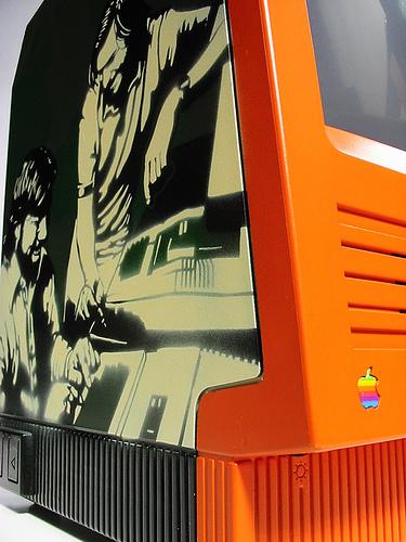 SattaMac - Orange/Green 1986 SE (detail)