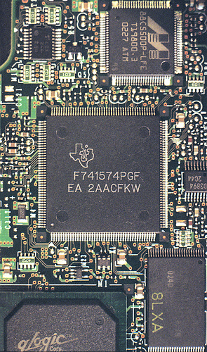 1:1.5 Texas Instruments chip