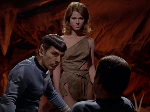 Leonard Nimoy, Mariette Hartley, DeForest Kelley, Star Trek TOS,