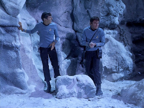 Leonard Nimoy, DeForest Kelley, Star Trek TOS,