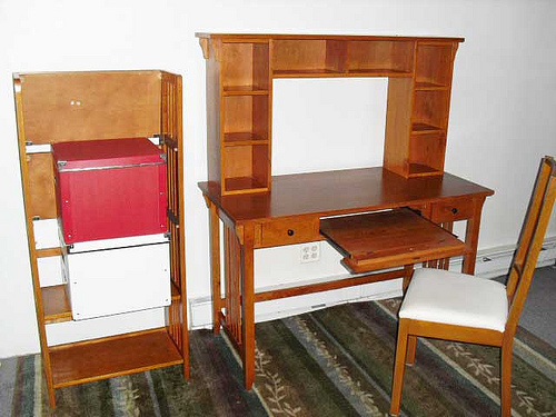 Mission Style Home Office Set- EXCELLENT CONDITION, paid more than twice the listed price: $350 for all 4 pieces: DESK HUTCH CHAIR BOOKCASE