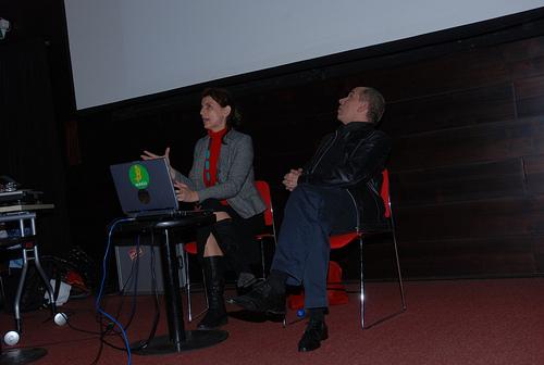 Palestra de Paula Perissinotto e Ricardo Barreto no espaço Santander Cultural de Porto Alegre