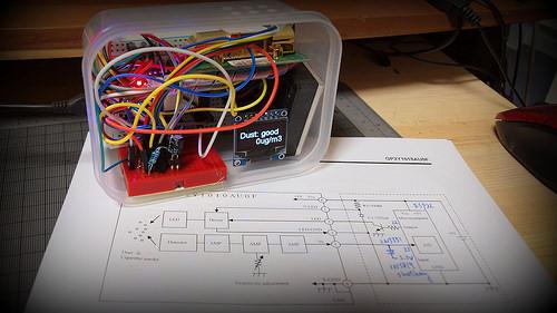 dust sensor GP2Y1014AU0F integrated with CO2 sensor