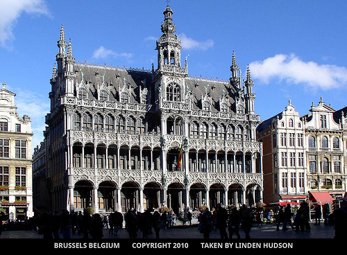 AMAZING BUILDING IN BRUSSELS BELGIUM