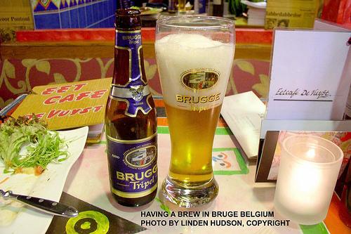 BEER IN BRUGGE BELGIUM (BRUGES)