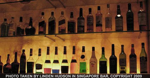 Singapore Bar - Booze