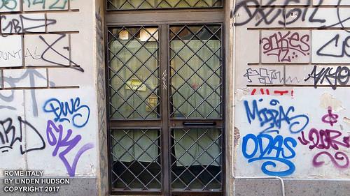 ROME - GRAFFITI