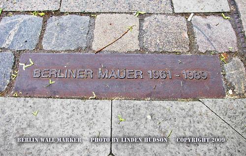 BERLIN WALL MARKER - BERLINER MAUER