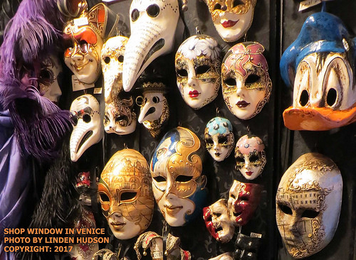 VENICE SHOP WINDOW - CARNIVAL MASKS