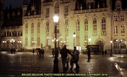 BRUGES BELGIUM AT NIGHT