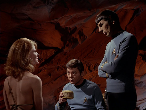 Mariette Hartley, DeForest Kelley, Leonard Nimoy, Star Trek TOS,