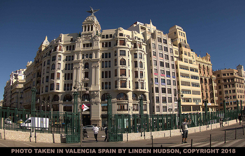BEAUTIFUL DAY IN VALENCIA SPAIN
