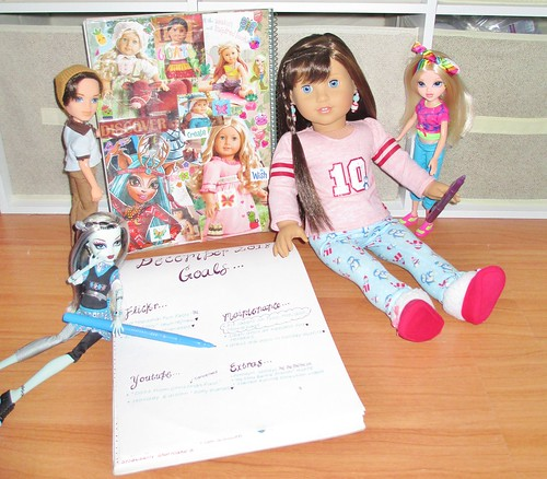 Tutorial: How I Stay Motivated & Productive With My Doll Collection & Video