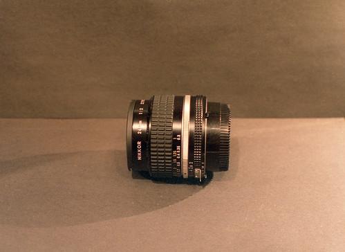 24mm ƒ 2 Nikkor AIs 7-17