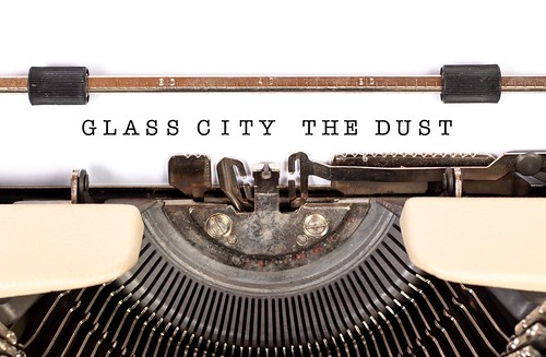 Glass City : The Dust - Computer Game
