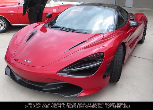 McLAREN SUPER CAR